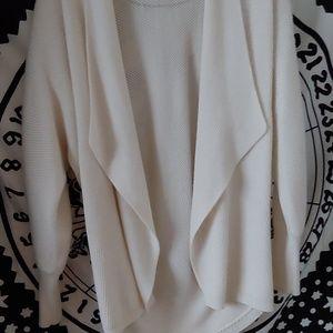 Sweaters - Cream soft knit cardigan
